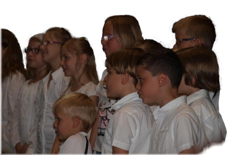 Der Kinderchor beim Jahreskonzert